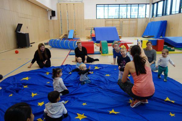 Kleinstkinderturnen Kinderkurse im SportQuadrat